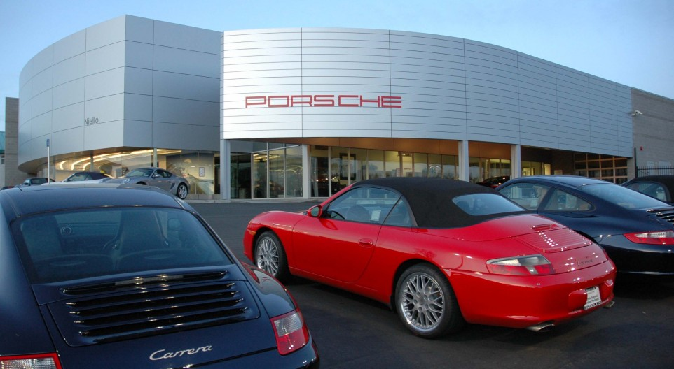 Niello Porsche Portfolio | capcitydesign.com